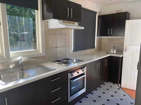 Electric stove n oven Instarent