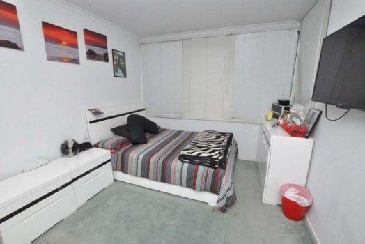 The bedroom Instarent