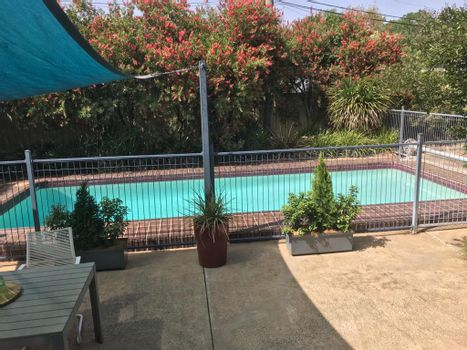 Cool Pool Instarent