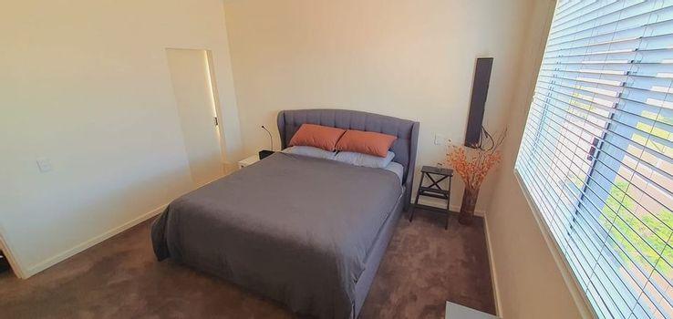 Bedroom with Ensuite Instarent
