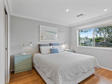 Master Bedroom Instarent